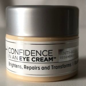 5 FOR $25! IT COSMETICS Confidence in an Eye Cream